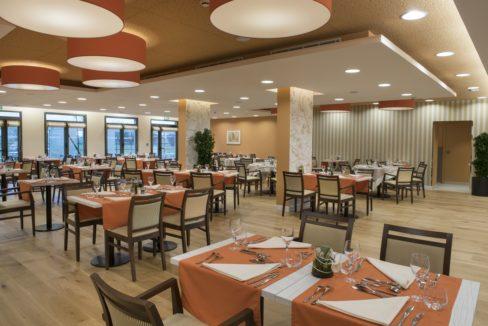 restaurant-residence-senior-rosa-gallica-domitys