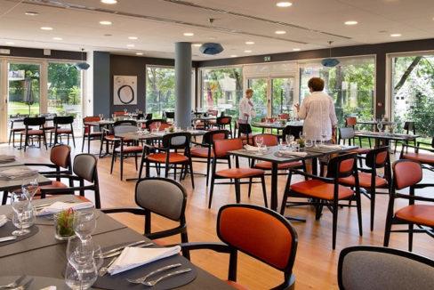 restaurant - residence-senior-la-plume-du -samara-amiens