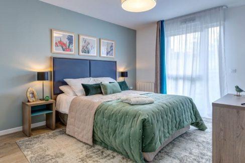 chambre-residence-senior-niort-girandieres