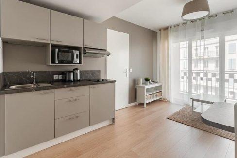 cuisine-espace-commun-residence-senior-poissy-ovelia