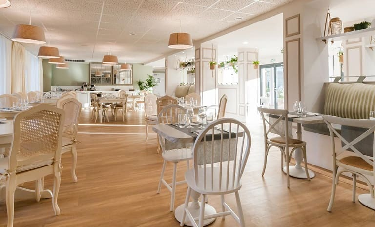restaurant-ovelia-villeneuve-loubet